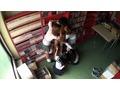 アダルト動画:女子校生パンチラ